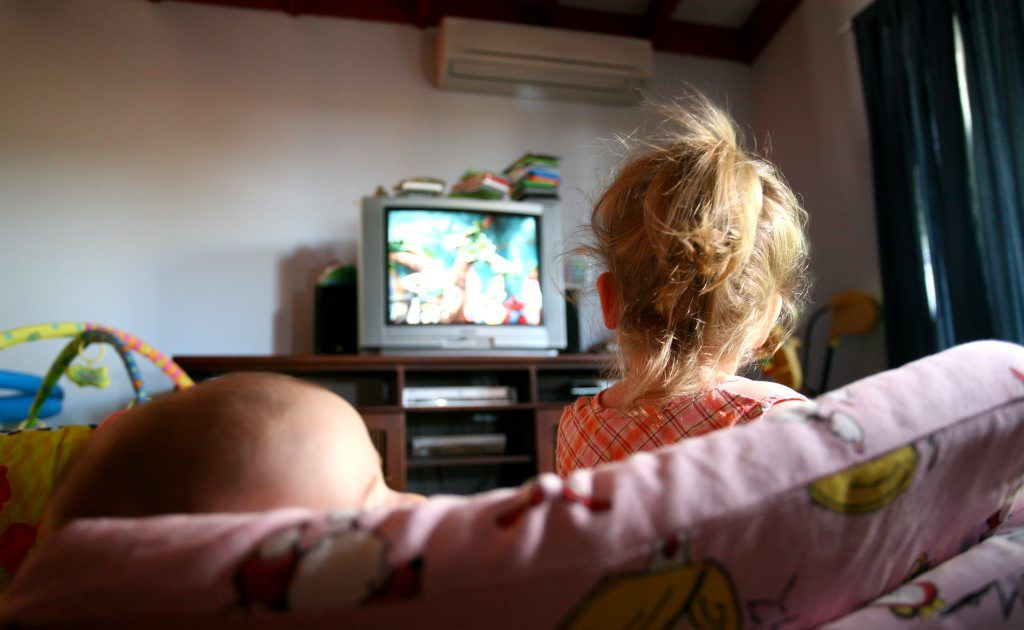 Check out the activities to help get kids away from the TV these school holidays.