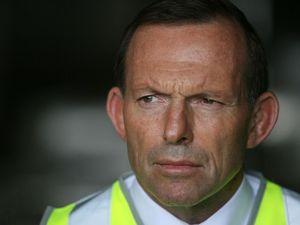 Tony Abbott announces funding for Bruce Highway