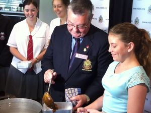 Mackay students taste ANZAC food