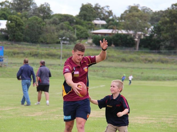 Dayne Zorko showed one of his biggest fans Alexander Plyand how the professionals do it.