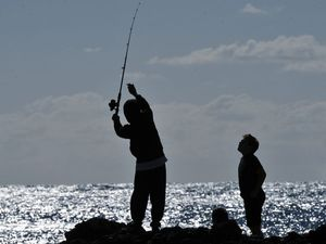 Rock fishers at some locations required to wear life jackets