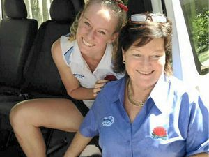 Knee rupture to keep Grafton netball star out for a year