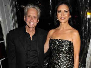 Douglas backs wife Zeta-Jones amid bipolar battle