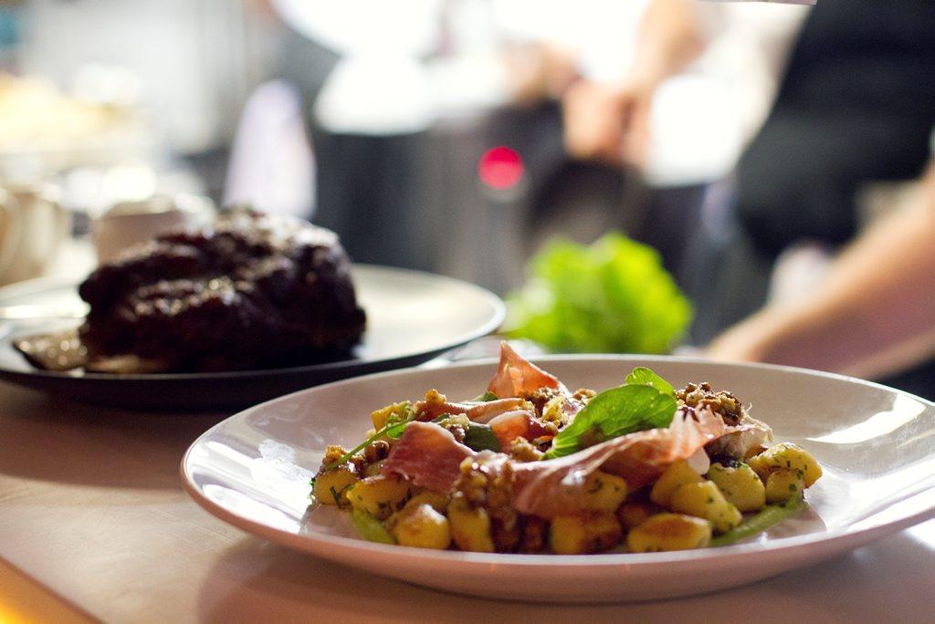 Coast Restaurant and Bar