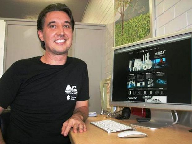 Mullumbimby Chamber of Commerce secretary Obi McDonald-Saint is spearheading a plan to install free wi-fi in the town