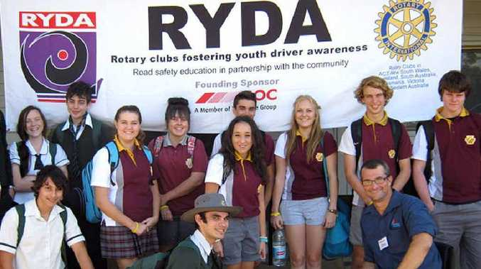 Crash Survivor program presenter, paraplegic Steve Richter, talks to students from Gympie High School and Victory College.