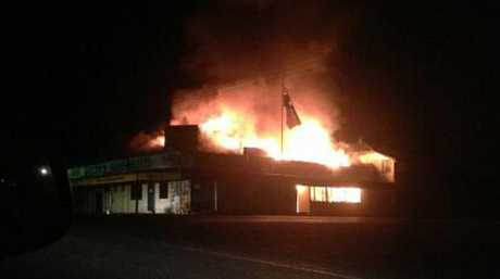 The Queens Arms Hotel ablaze on Thursday night. Photo Kaitlyn Gutzke / CQ News