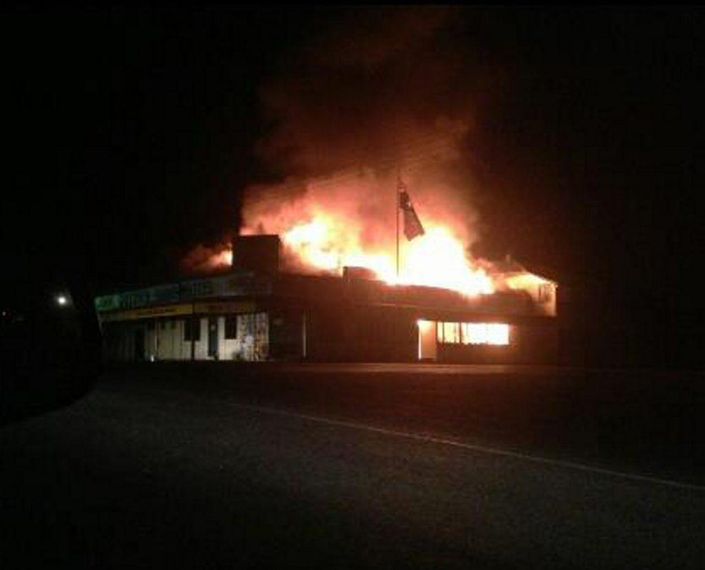 The Queens Arms Hotel ablaze on Thursday night. Photo Kaitlyn Gutzke / CQ News