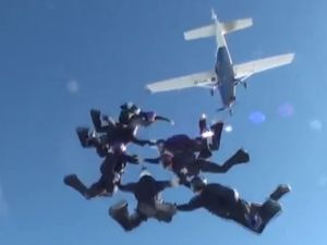 200km/h contest for Australia's best freefallers