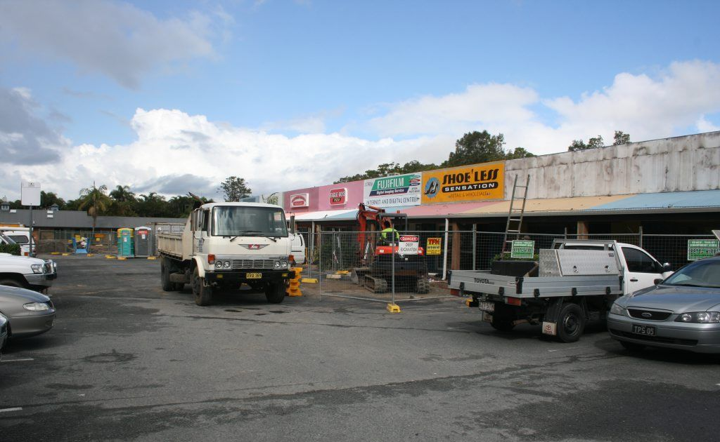RE-FURB: Work proceeds on the upgrade of shops behind the Byron Cinema. PHOTO Christian Morrow