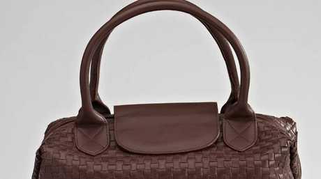 Mozi leather handbag.