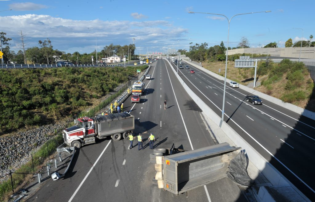 An accident on the Ipswich Motorway at Dinmore.