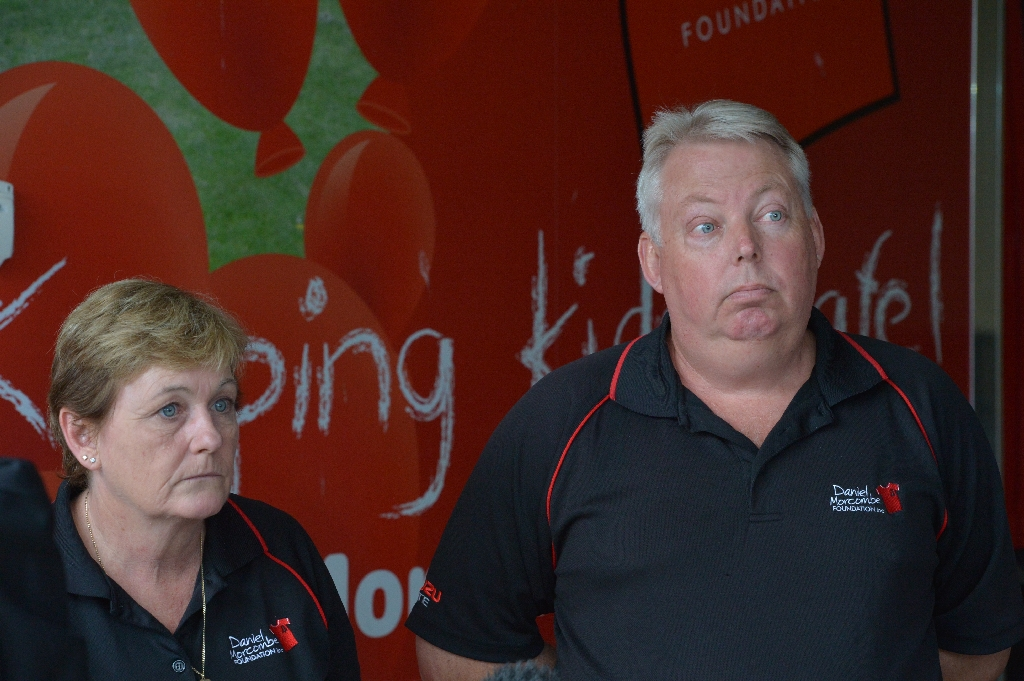 Bruce and Denise Morcombe at the media conference to discuss court delays.
