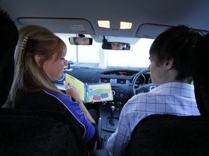 Learn how to be a better supervisor of a learner driver