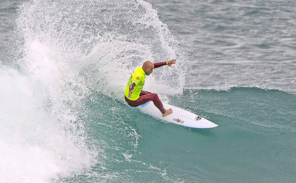 Nathan Hedge's board shaper Damon Weir reckons the Coast surfer has the mental toughness to regain a tour place.