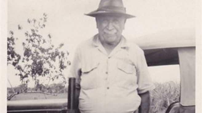 The Urraween distributor may be named Stirling Dr after Hervey Bay pioneer Frederick Stirling.