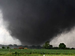 Gympie man survives Oklahoma tornado