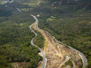 Abbott promises Coalition govt will build Toowoomba bypass