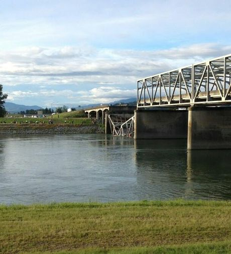 North end of the I-5 Bridge over the Skagit River collapsed.