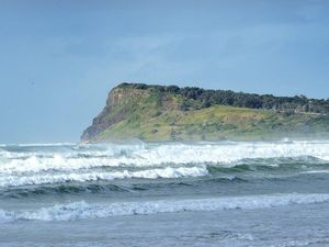 Severe weather warning for damaging surf on Northern Rivers