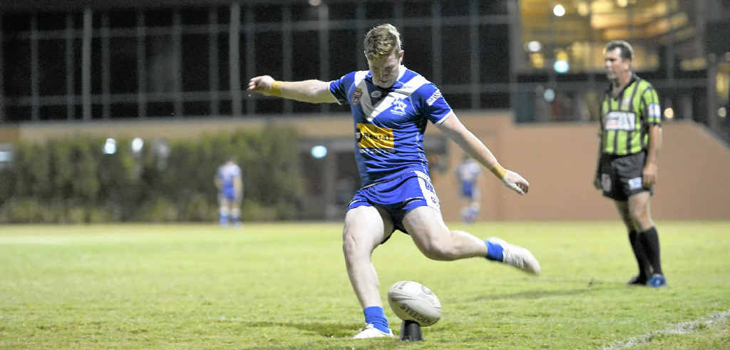 Valleys and Roosters will face off at the weekend. Matt Craven kicks for goal.