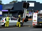 Car collides with traffic light in Tweed Heads South