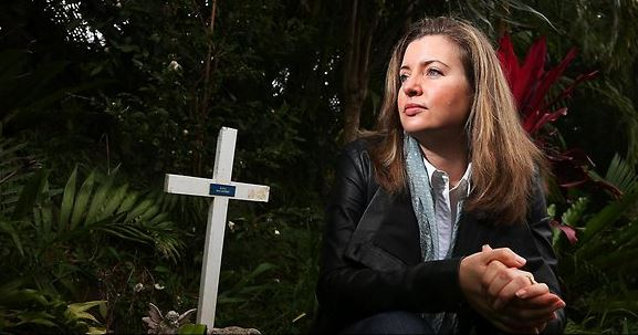 Australian Vaccination Network (AVN) founder Meryl Dorey even posted her own anti-vaccination information on Dana McCaffery's memorial website.