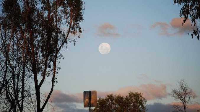 Full moon at Moura.