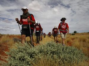 Firie battles through pain barrier to walk Simpson Desert