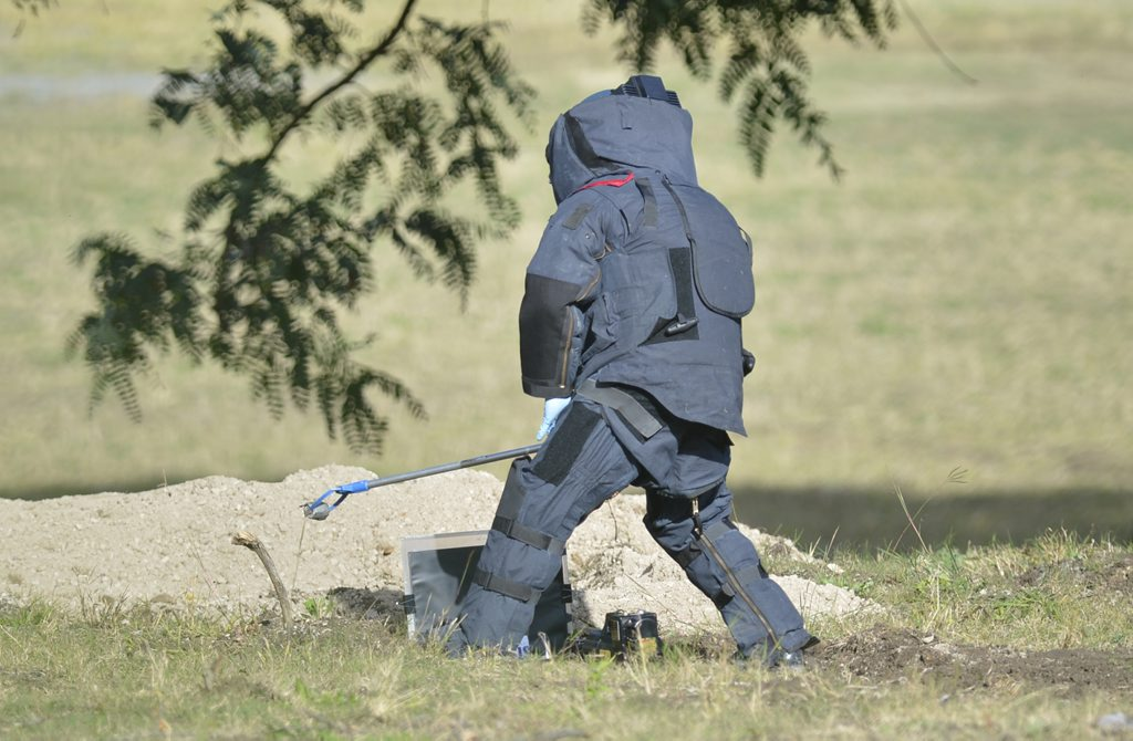 The bomb squad were called to the site of the old Bremer State High School on Grange road where a suspicious device was located and inspected. Photo: Rob Williams / The Queensland Times