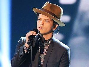 Bruno Mars plans for freezing Super Bowl