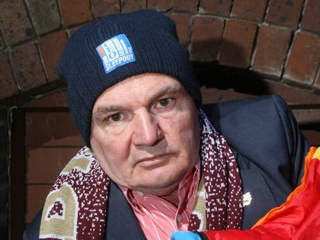 COLD NIGHT: Ipswich Mayor Paul Pisasale is taking part in the St Vincent de Paul Society's CEO Sleepout.