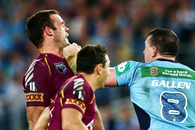 Paul Gallen lands a blow in Origin One.
