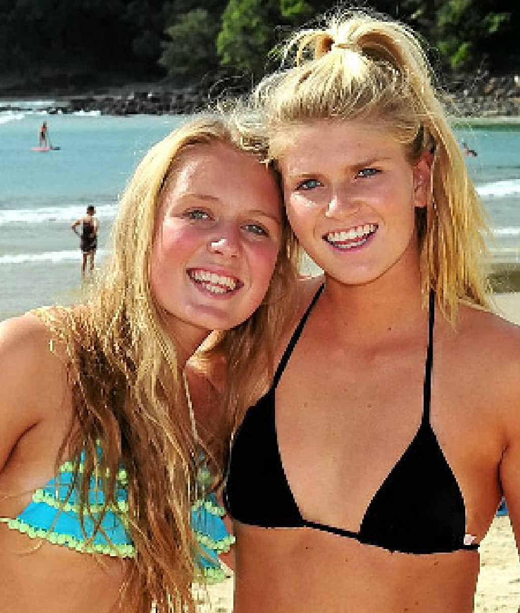 Tourists Hannah Sugarman and Mila Randall.