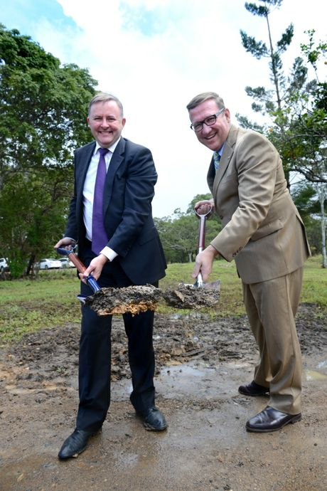 Federal Minister Anthony Albanese and State Member for Gympie David Gibson turn the first sods on the highway project.