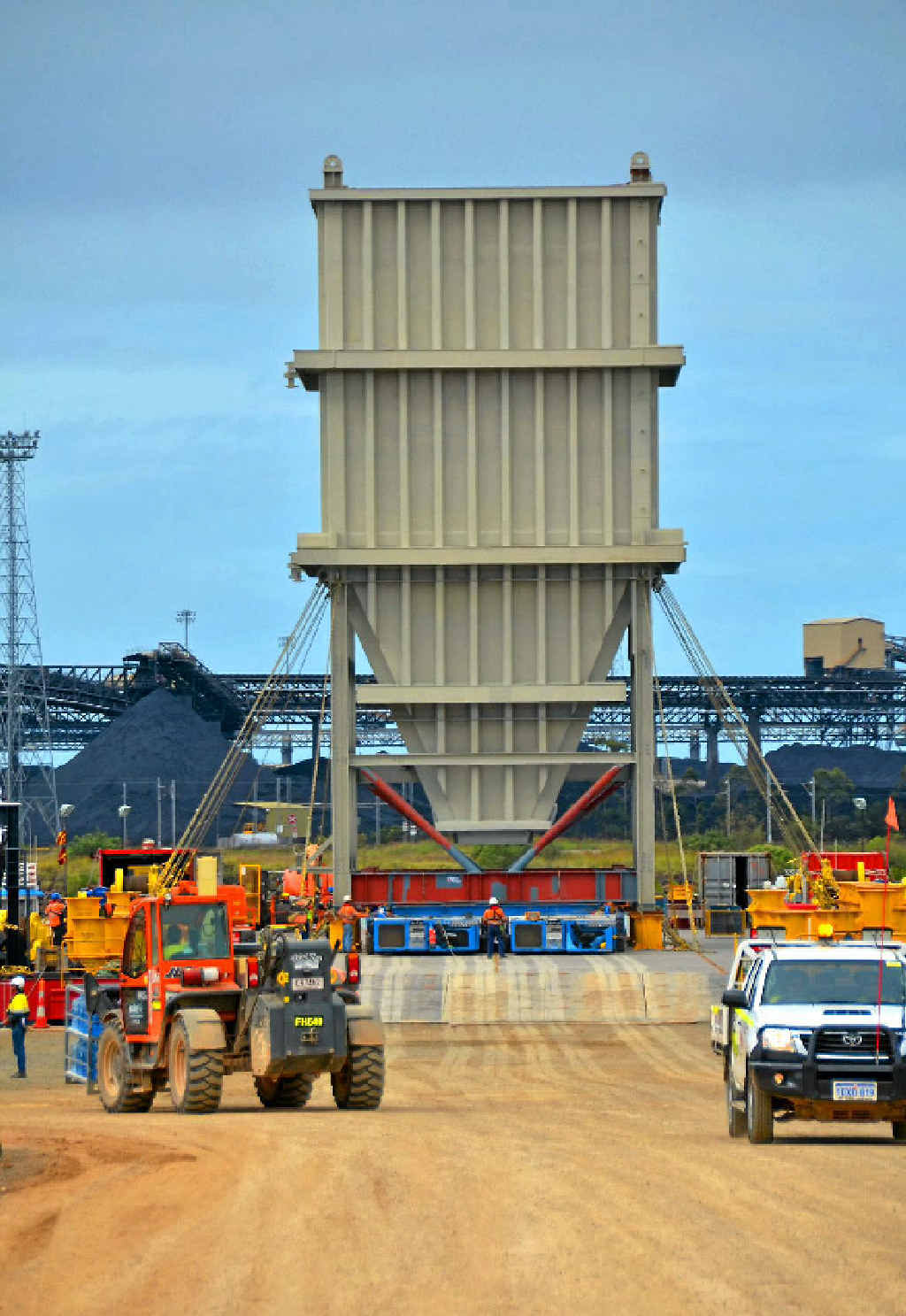 A 350-tonne, 23-metre high surge bin delivered to WICET will be instrumental in loading coal from stockpiles for export.