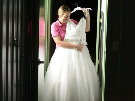 Bride Jumps At Chance To Dress Up For Expo Grafton Daily