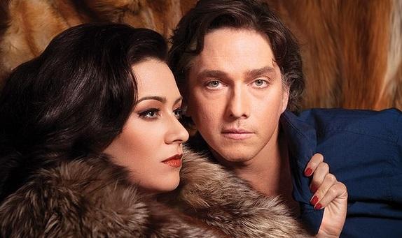 Libby Munro as Vanda and Todd McDonald as Thomas in 'Venus in Fur' playing at QPAC.
