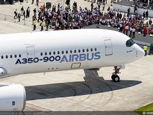 Airbus's challenge to the Dreamliner gets off ground