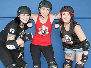 Roller derby craze sweeps uni staff, students off their feet