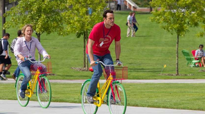 Owen Wilson, left, and Vince Vaughn in a scene from the movie The Internship.