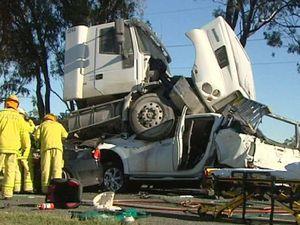 Five-vehicle wreck as traffic turmoil unfolds in region