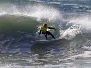 Birthday boy Jared surfs a wave to NSW Longboard title