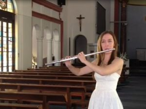 Flautist will perform in Mackay