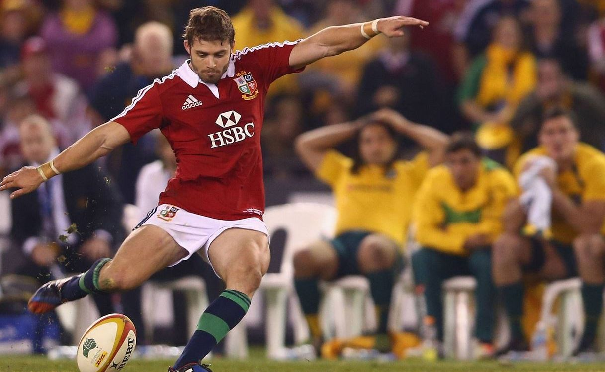 Halfpenny failed to make the distance twice during the match, with a last-minute kick failing to make it over the bars.
