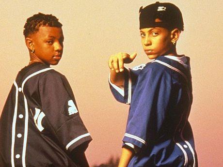 Chris Kelly (left) of the 90s teen hip-hop duo Kris Kross.