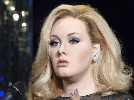 Adele's waxwork at Madame Tussauds