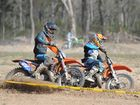 Dundowran Motox - (L) Brodie Downes and Ben Cook battle for the lead in the clubman lites. Photo: Alistair Brightman / Fraser Coast Chronicle