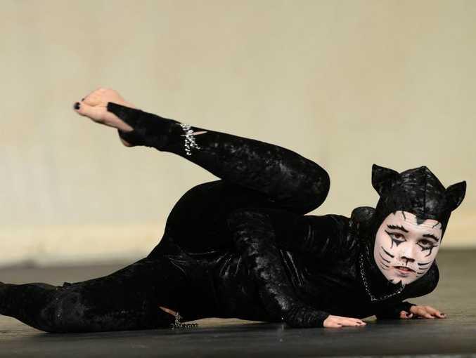 Murwillumbah festival of performing arts. Contemporary dance. Chloe McDonagh