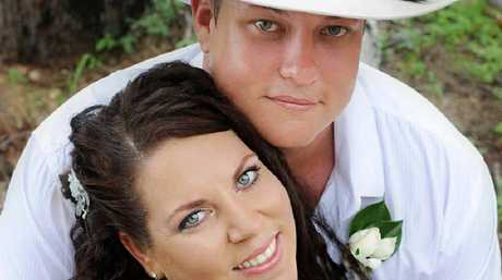 Aaron and Fiona Christensen were married at Cape Gloucester Eco Resort.